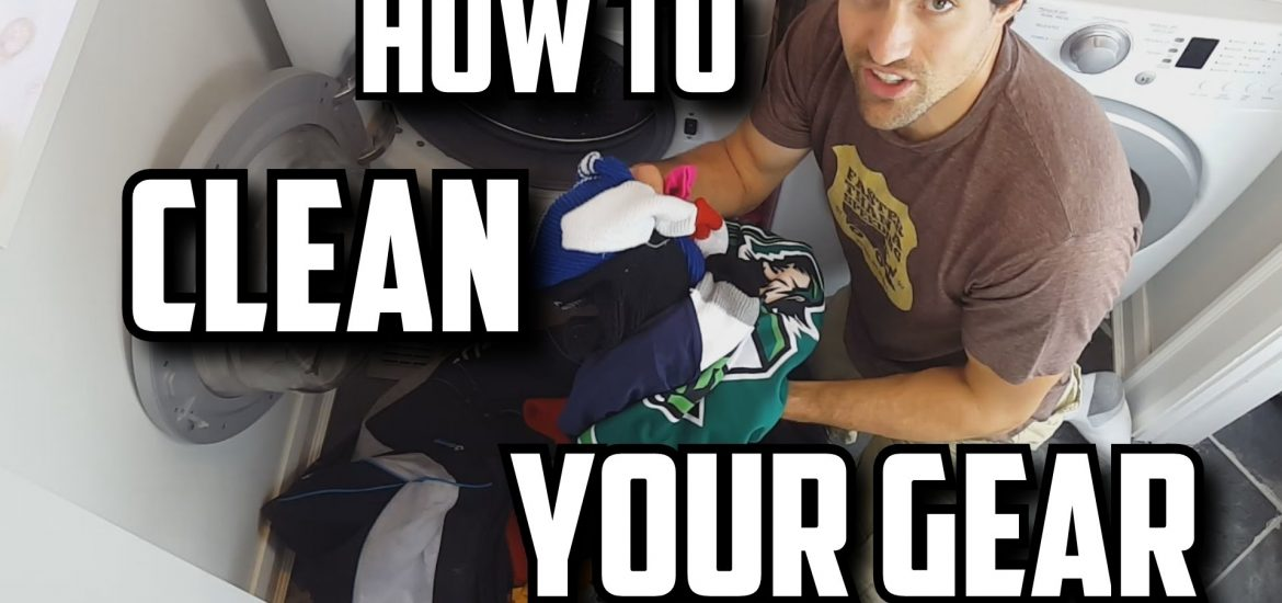 clean-hockey-equipment-smell